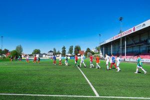 Read more about the article Målløst på Strømmen stadion – spenning likevel (bildereportasje)