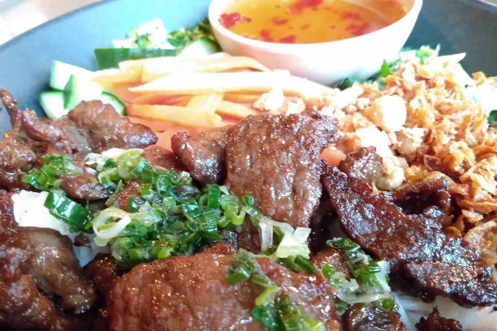 Restaurant på Strømmen: Gánh restaurant, Strømsveien. Vietnamesisk mat. Foto: Vårt Strømmen, vartstrommen.no.