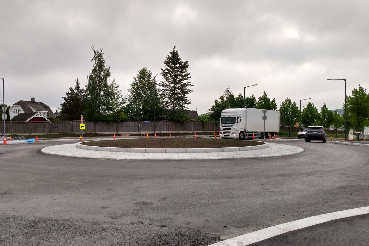 You are currently viewing Nå har rundkjøringen i Sagbruksveien / Bråteveien åpnet – gir bedre trafikkflyt